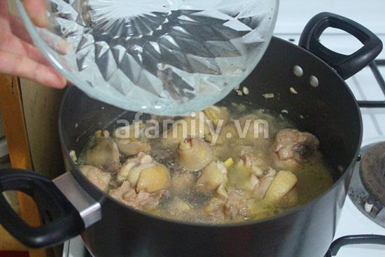 Gà nấu pate - dễ mà ngon