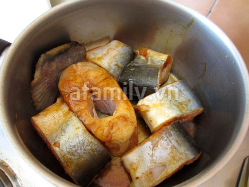 Cá kho dứa đưa cơm lắm nhé!