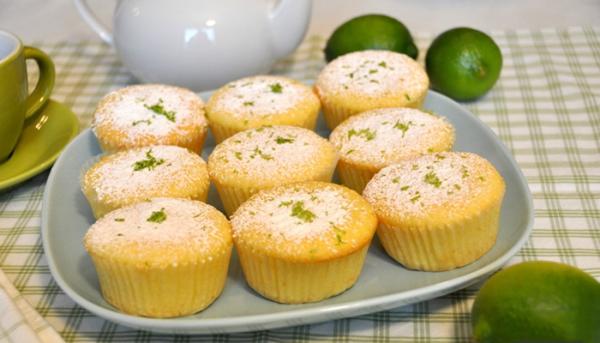 Cupcake chanh dừa xốp mịn chua thơm
