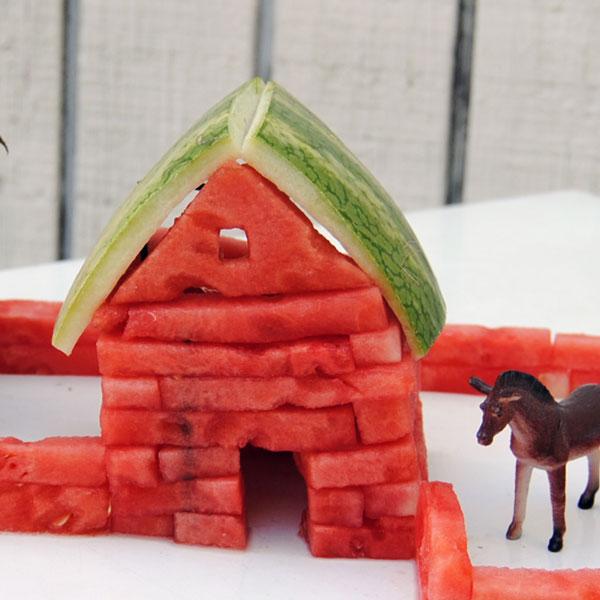 Tỉa dưa hấu thành mô hình nông trại vui vẻ 6