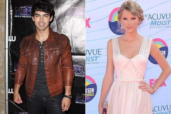 """Bồ cũ Taylor Swift: """"Cô ấy không hát về tôi"""""""