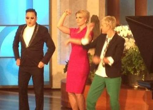 Psy dạy Britney điệu nhảy ngựa
