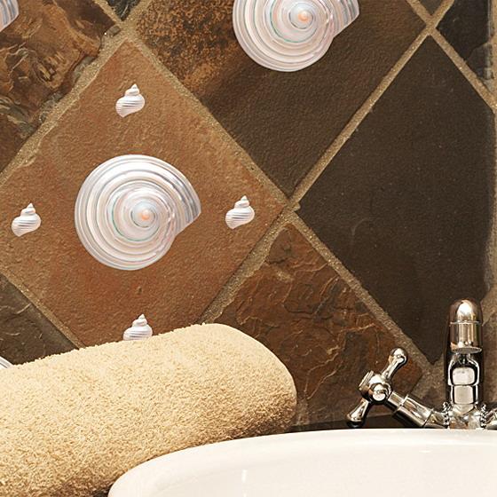 decorettostickersinbathroom3 e7bb8 Ngôi nhà của bạn sẽ trở nên bắt mắt hơn với sticker dán tường