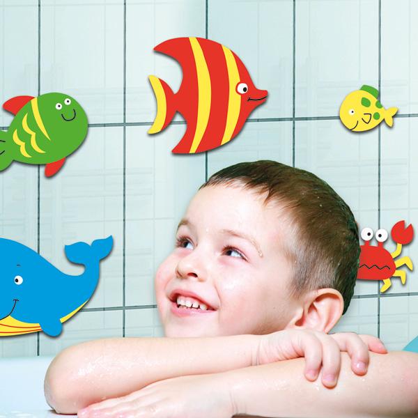 decorettostickersinbathroom6 a03a5 Ngôi nhà của bạn sẽ trở nên bắt mắt hơn với sticker dán tường