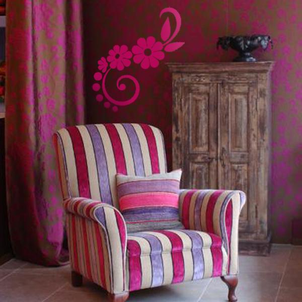 decorettostickersinlivingroom13 f30cc Ngôi nhà của bạn sẽ trở nên bắt mắt hơn với sticker dán tường