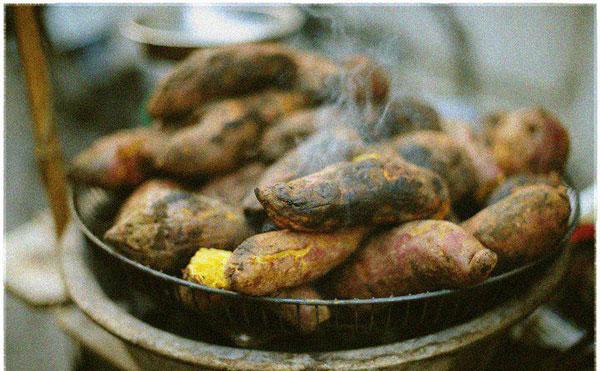 Những món ăn vặt hấp dẫn cho ngày gió mùa