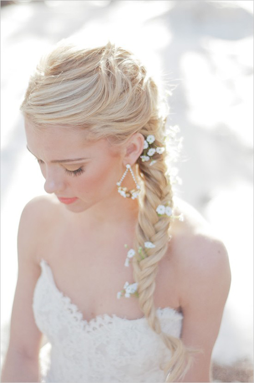 Những kiểu tóc đơn giản mà nổi bật cho cô dâu