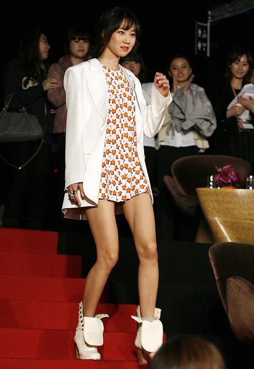Gong Hyo-jin: Nữ diễn viên mặc đẹp nhất nhì showbiz Hàn 13