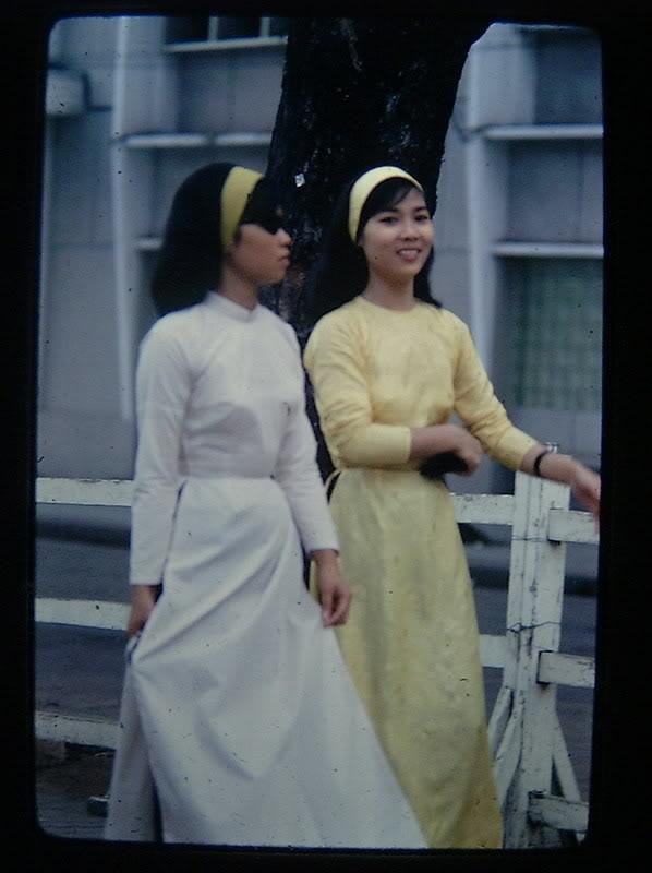 Chùm ảnh cuộc sống phóng khoáng của phụ nữ Sài Gòn những năm 60 9