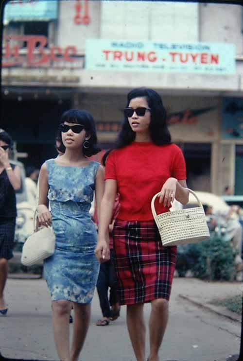 Chùm ảnh cuộc sống phóng khoáng của phụ nữ Sài Gòn những năm 60 14