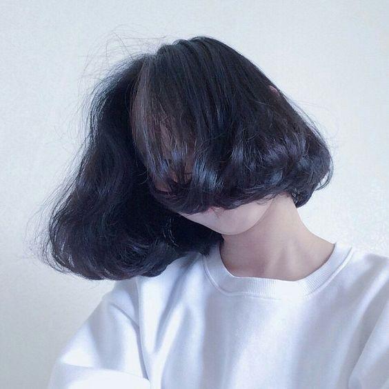Trước khi cắt đầu bob, hãy tìm hiểu chất tóc của mình!