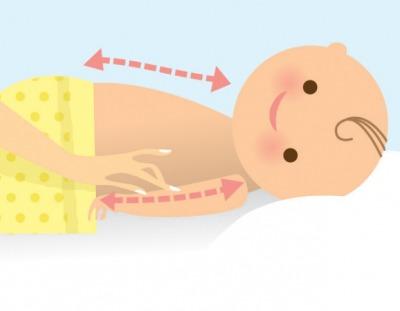 Bác sĩ Hoa Kỳ mách mẹ 6 bước massage tuyệt vời cho bé 8