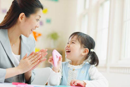 8 bí quyết để không cáu giận với con của mẹ Nhật 1