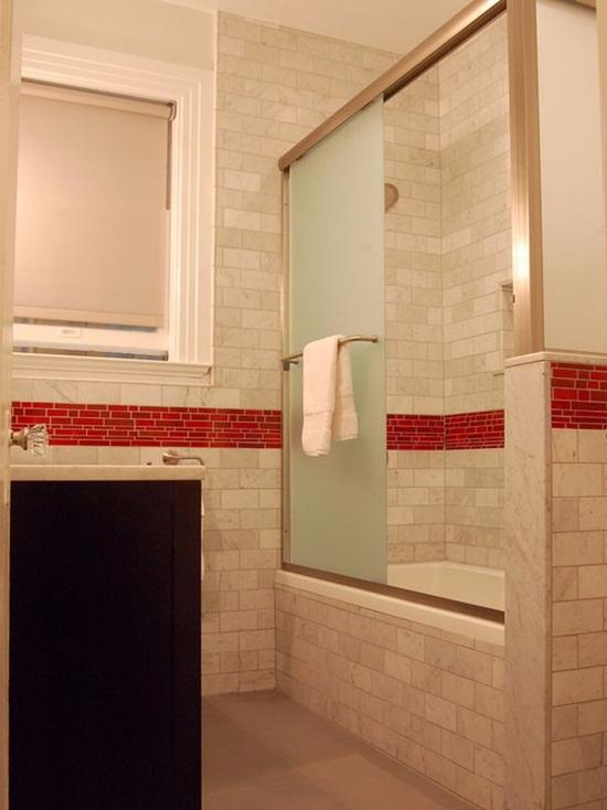 6 cách bài trí phòng tắm ấn tượng với gam màu đỏ 4