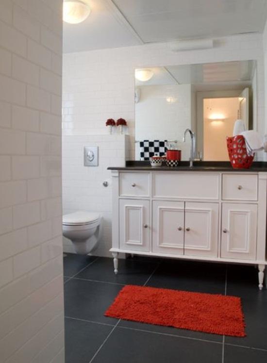 6 cách bài trí phòng tắm ấn tượng với gam màu đỏ 6