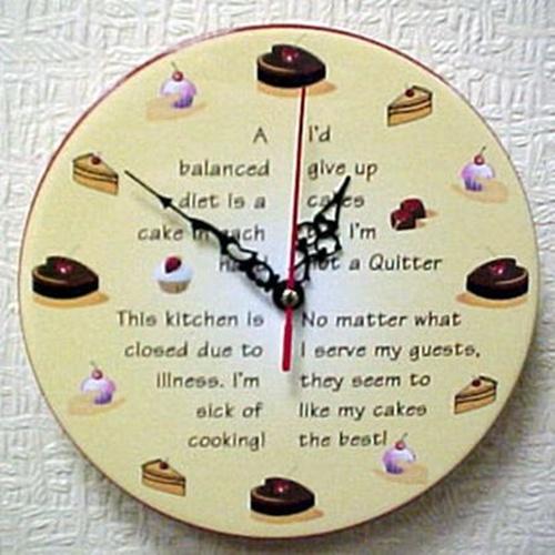 Tạo điểm nhấn cho phòng bếp bằng đồng hồ treo tường ấn tượng 3