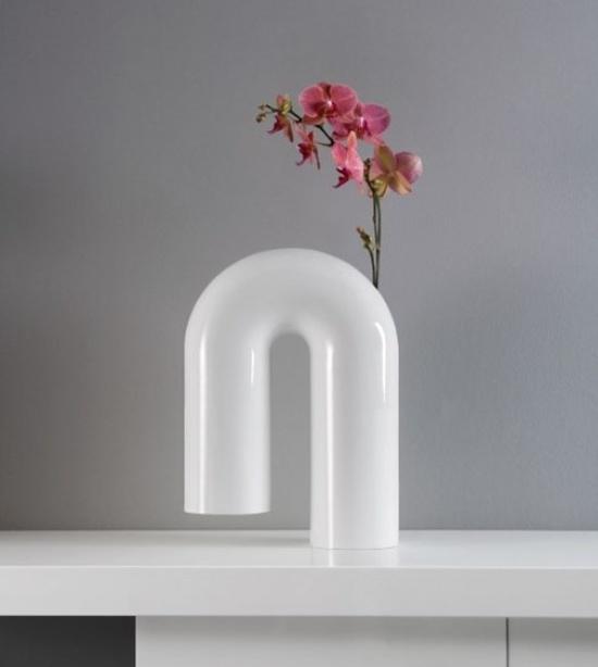Nhà đẹp đón Tết với những mẫu lọ hoa độc đáo 12