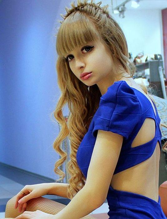Cô nàng người Nga đẹp như búp bê Babrie 6