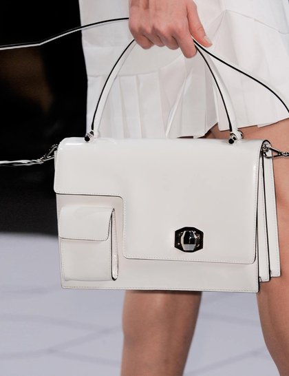 7 xu hướng túi nổi bật tại Tuần lễ thời trang Xuân/Hè 2014 10