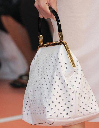 7 xu hướng túi nổi bật tại Tuần lễ thời trang Xuân/Hè 2014 11