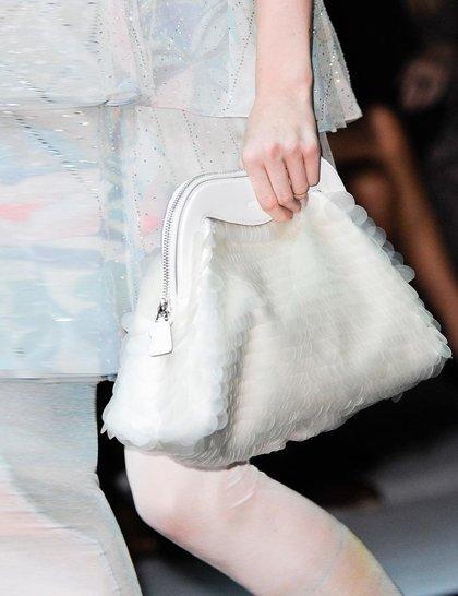 7 xu hướng túi nổi bật tại Tuần lễ thời trang Xuân/Hè 2014 13