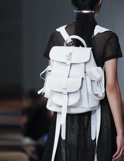 7 xu hướng túi nổi bật tại Tuần lễ thời trang Xuân/Hè 2014 16
