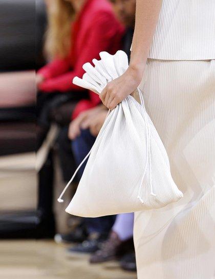 7 xu hướng túi nổi bật tại Tuần lễ thời trang Xuân/Hè 2014 17