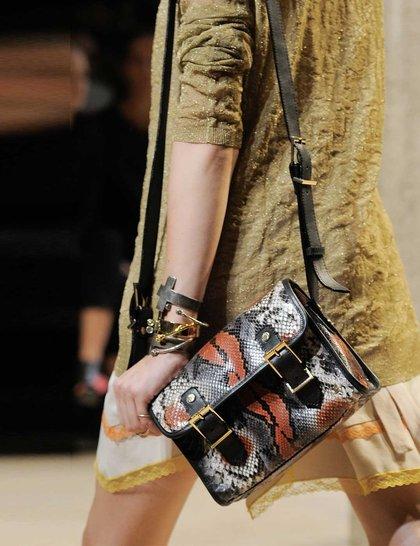 7 xu hướng túi nổi bật tại Tuần lễ thời trang Xuân/Hè 2014 19