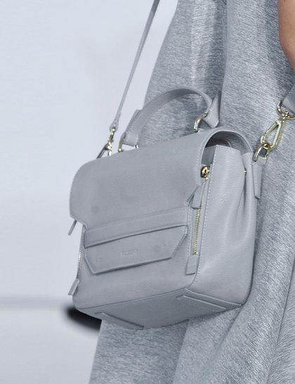 7 xu hướng túi nổi bật tại Tuần lễ thời trang Xuân/Hè 2014 24
