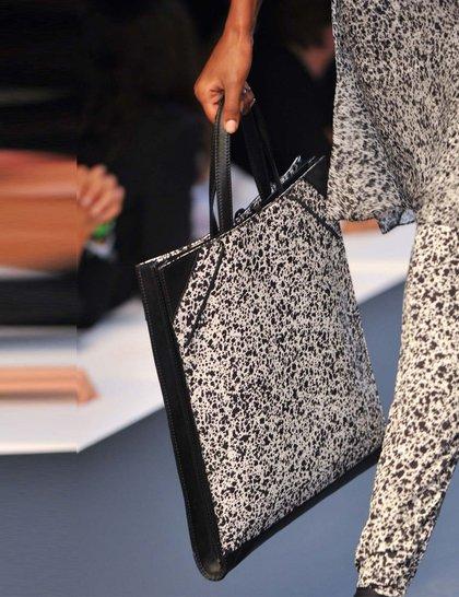 7 xu hướng túi nổi bật tại Tuần lễ thời trang Xuân/Hè 2014 26