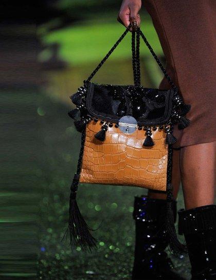 7 xu hướng túi nổi bật tại Tuần lễ thời trang Xuân/Hè 2014 38