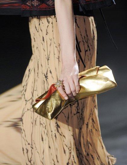 7 xu hướng túi nổi bật tại Tuần lễ thời trang Xuân/Hè 2014 49