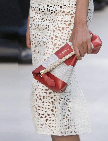 7 xu hướng túi nổi bật tại Tuần lễ thời trang Xuân/Hè 2014 50