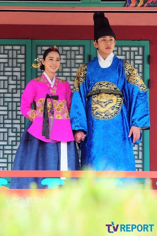 """Kim Tae Hee sắp đối mặt """"tình địch"""" nguy hiểm nhất 8"""