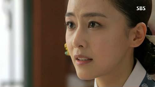 """Kim Tae Hee dùng mỹ nhân kế phá đám """"tình địch"""" 12"""
