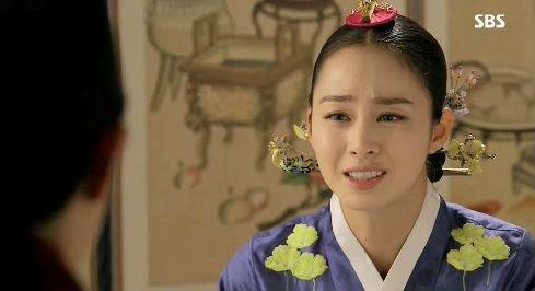 """""""Ok Jung"""" Kim Tae Hee giành lại con, Hoàng hậu bị phế truất 3"""