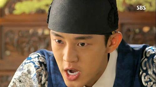"""""""Ok Jung"""" Kim Tae Hee giành lại con, Hoàng hậu bị phế truất 8"""