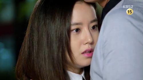 Moon Chae Won ghen khi Joo Won thân mật với cô gái khác 4