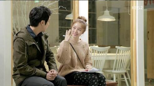 Yoon Eun Hye khiến cả 2 người đàn ông điên đảo vì yêu 2