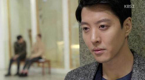 Yoon Eun Hye khiến cả 2 người đàn ông điên đảo vì yêu 3
