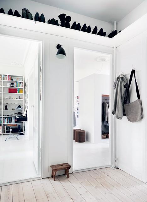 Học cách lưu trữ thông minh của căn hộ tầm trung đông người ở 4