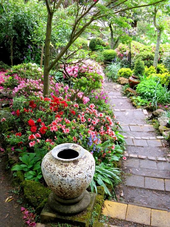 Thiết kế những lối nhỏ vào vườn đầy duyên dáng 2