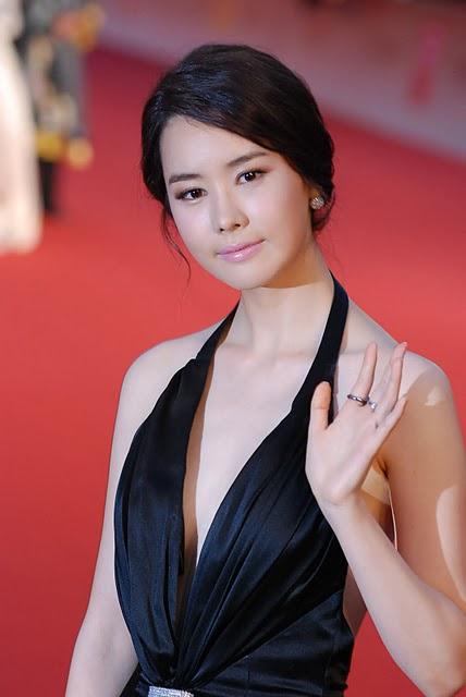 Loạt mỹ nhân Hàn thay đổi vì PTTM trong năm 2012 4