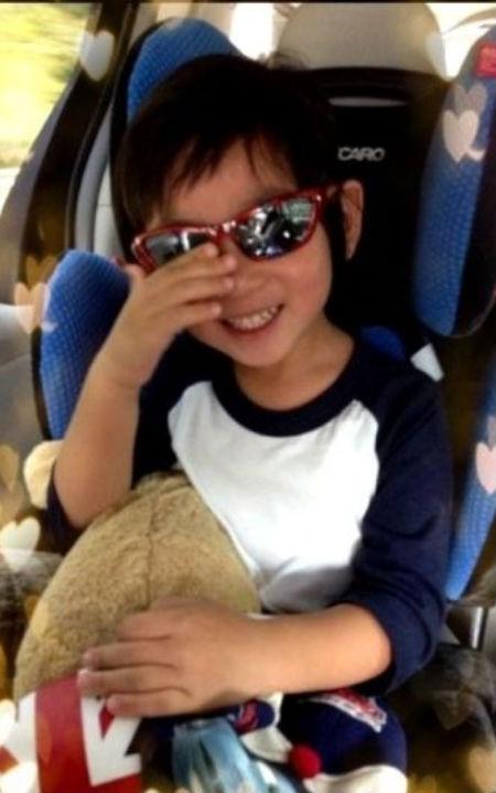 Lâm Chí Dĩnh đăng ảnh con trai thể hiện sự nhớ nhung 1