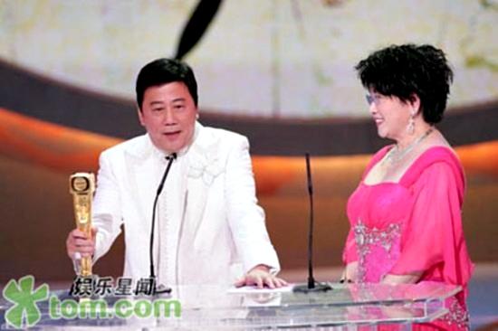 5 ngôi sao TVB nổi tiếng lận đận 9