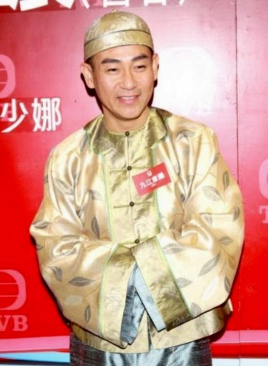 5 ngôi sao TVB nổi tiếng lận đận 8