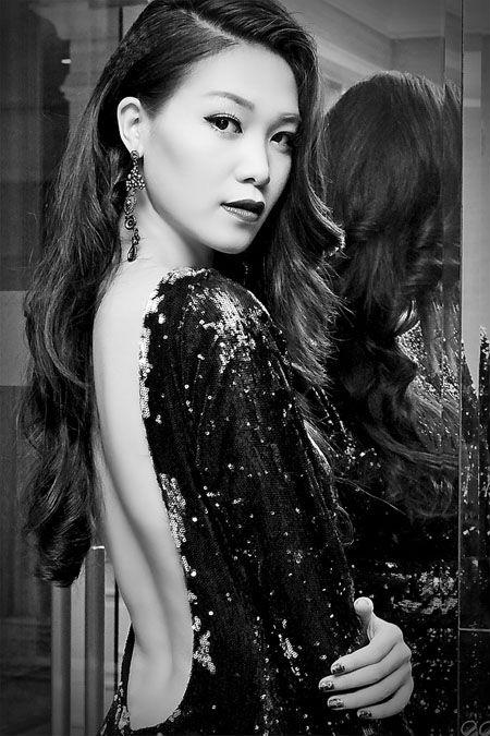 """Sự nghiệp đèn sách quá """"lệch lạc"""" của các Hoa hậu Việt  10"""