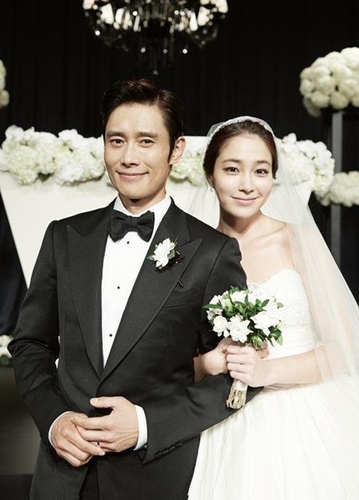 """Ghé thăm """"ngôi nhà cẩm thạch"""" của vợ chồng Lee Byung Hun - Lee Min Jung 1"""