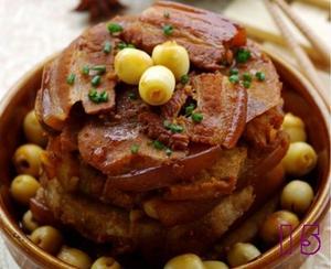 Thịt hấp hạt sen lạ miệng ngon cơm 12
