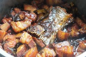Cá kho thịt ba chỉ - món ngon dân dã 14